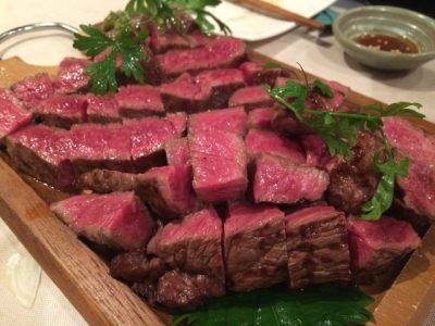 美味しそうな分厚い牛肉