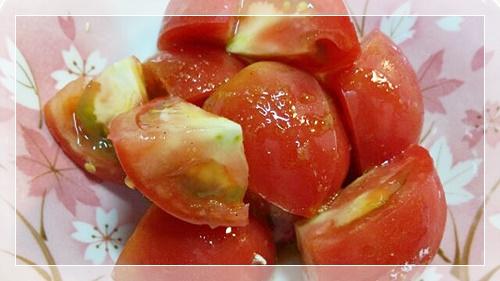 脂肪燃焼スープダイエットに使えるトマトサラダ