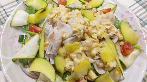 MEC食に便利な豚肉料理のミモザ豚しゃぶサラダ