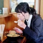 まんぷくこんにゃくラーメンの糖質とカロリーは?人気の秘密を大公開!