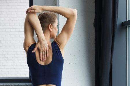 筋肉量を気にする女性